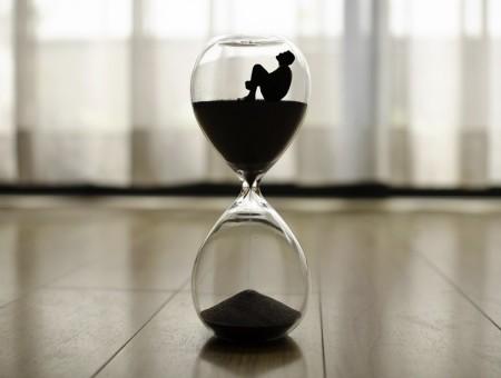 Procrastinar pode ser um vício que derruba a autoestima