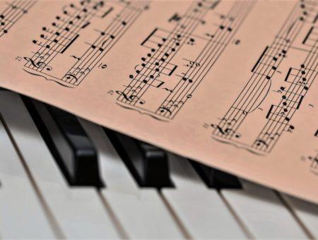 Como a música pode curar casos de estresse e crises de pânico