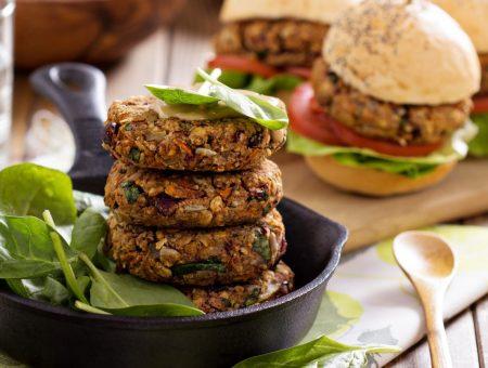 VEGANISMO: receita versátil para almôndega, hambúrguer e bolinhos